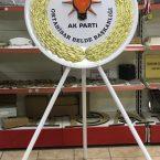çelenk tören çelenki parti çelenki akp chp iyi parti tören çelenkleri pirinç bariyer duba