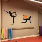 spor salonu duvar stickerları pilates duvar folyoları futbol basket pilates amerikan futbolu sporcu silüetleri folyo sticker