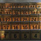 pleksi metal masa rezerve isimliği masa numarası ayaklı rezerve ayaklı masas numarası ayaklı levhalar